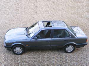 BMW 3 Series 318i E30