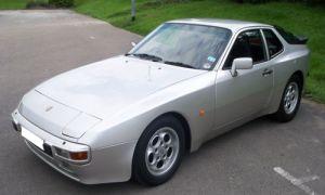 Porsche 944 LUX
